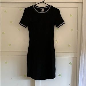 Black & white sporty bodycon dress